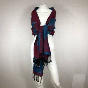 Scarf or wrap reversible red and blue